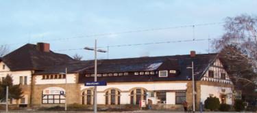 04 - April Bhne - Weetzen Bahnhof 2012